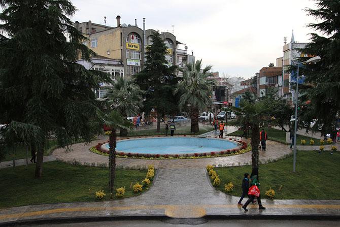bafrali-meydani-cok-begendi-002.jpg