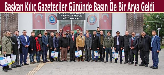 baskan-kilic-gazeteciler-gununde-basin-ile-bir-arya-geldi-001.jpg