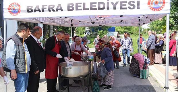 baskan-kilic-kavakpinar-muhtarliginda-iftar-yemegi-dagitti-4.jpg