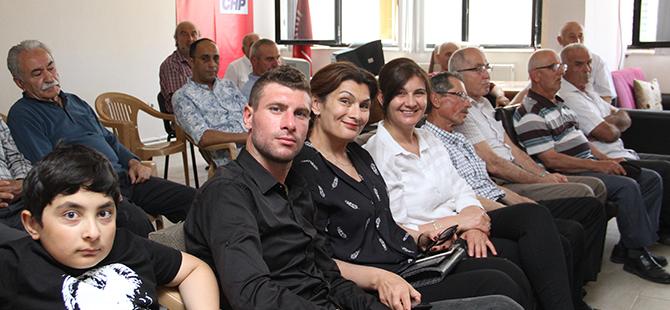 cumhuriyet-halk-partisi-bafra-ilce-baskanliginda-bayramlasma-3.jpg