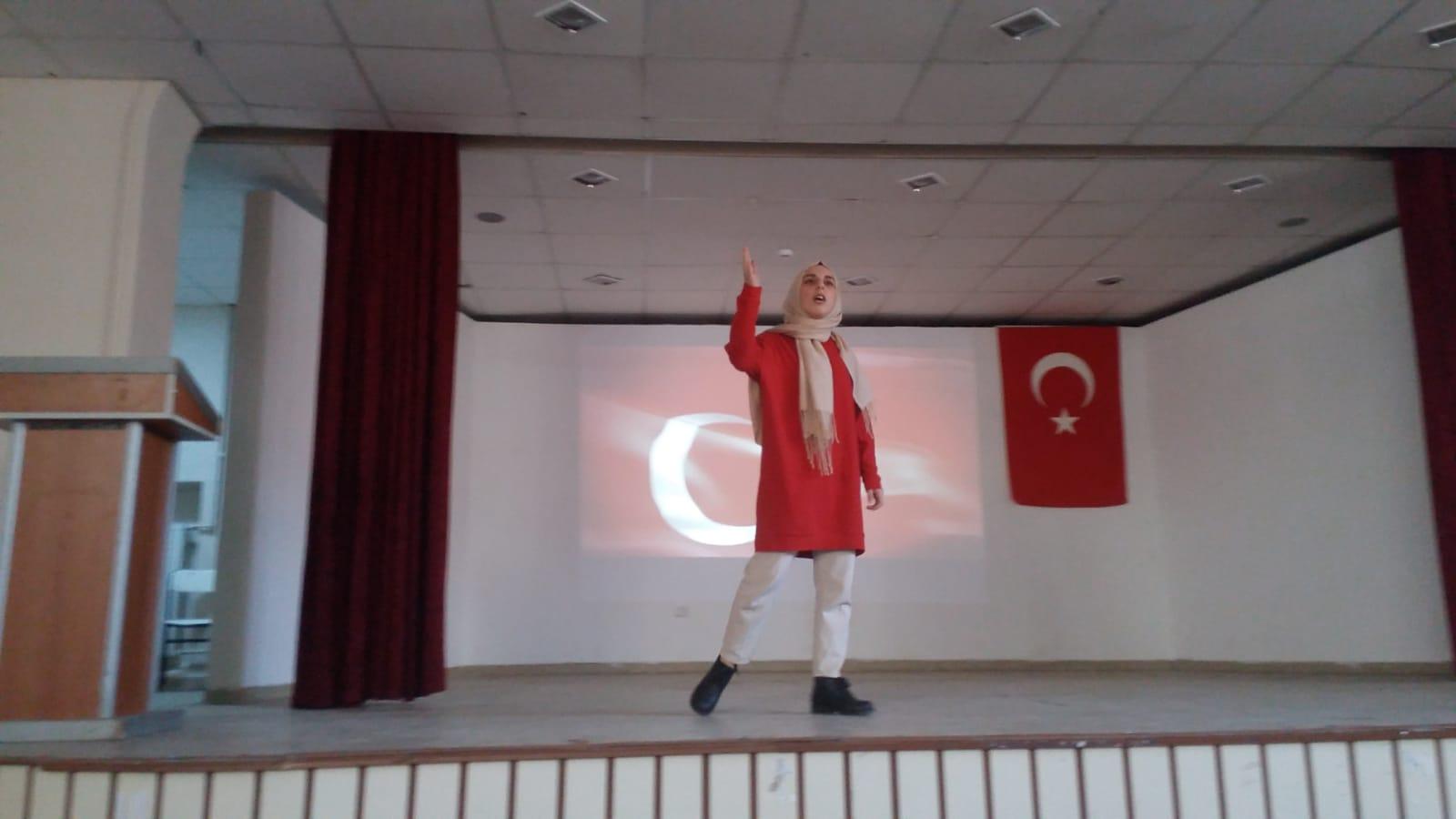 Liseler Arası İstiklal Marşını Güzel Okuma Yarışması Yapıldı