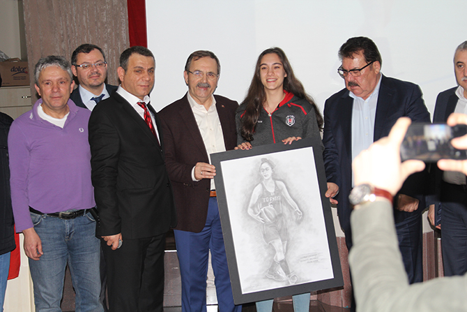 gulse-ugur-basketcigulse-ugur-basketci7.jpg