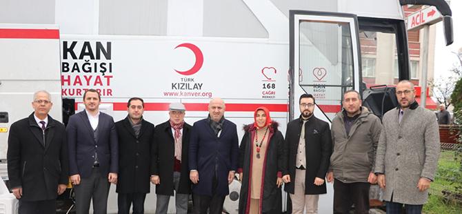 hospitalpark-hastanesi-kizilay-is-birligi-ile-kan-bagisi-kampanyasi-1.jpg