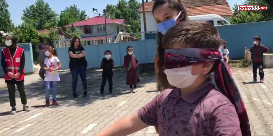 istanbul-altinbas-universitesi-genc-kizilay-yonetimi-alacam-ilcesindeki-koy-okullarini-ziyaret-etti-1.png