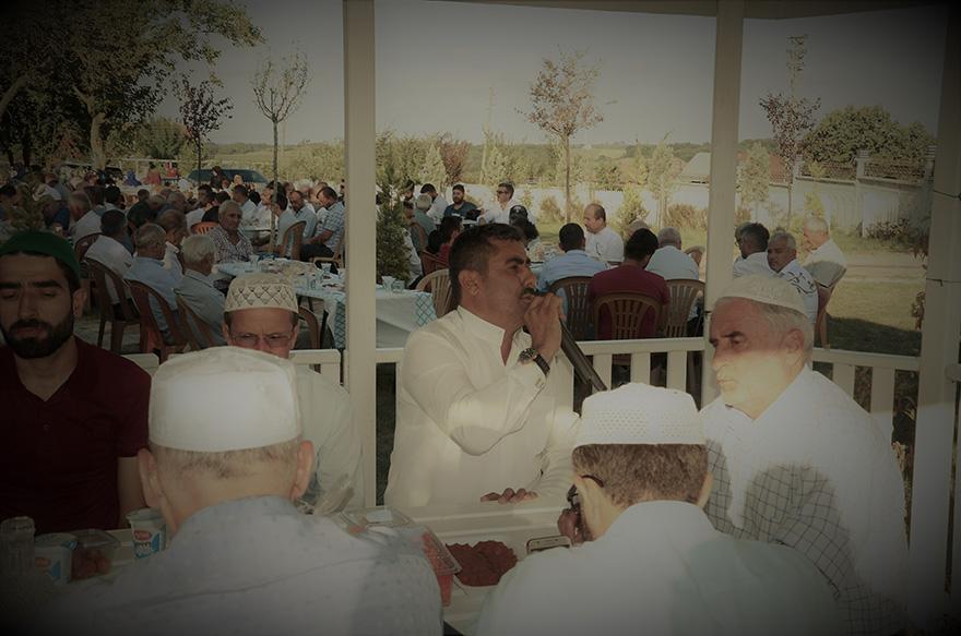 kocabas-ailesi-gokceagac-koyunde-buyuklerini-dualarla-andi-023.JPG
