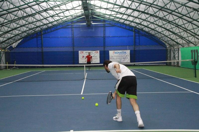 veteran-1-tenis-turnuvasi-final-maci-carsamba-gunu-001.JPG
