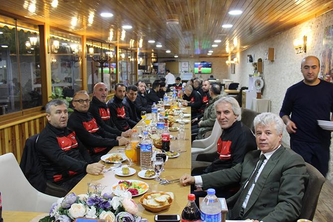 veteranlar-yemekte-bulustu2-002.jpg