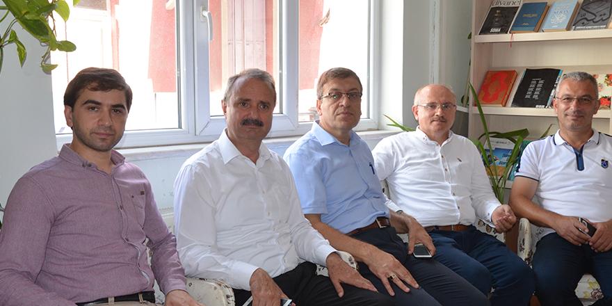 yavuz-selim-vakfinda-bayramlasma-3.jpg